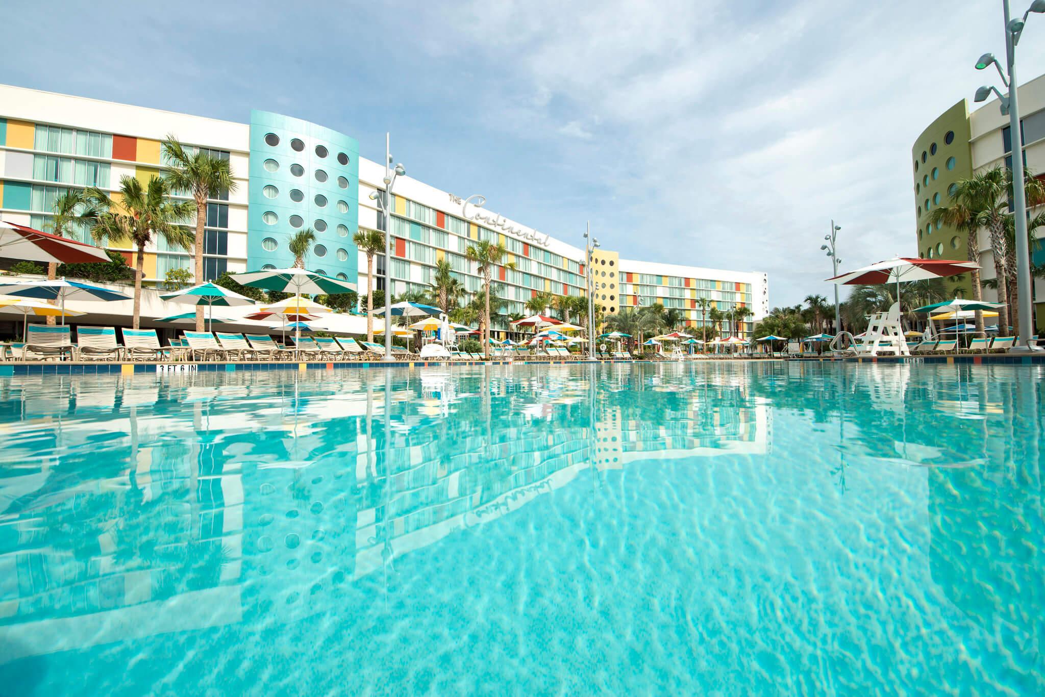 best-hotel-pool-universal-orlando