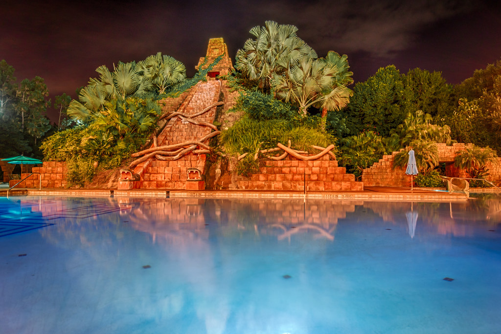 pros-and-con-of-staying-at-disneys-coronado-springs-resort