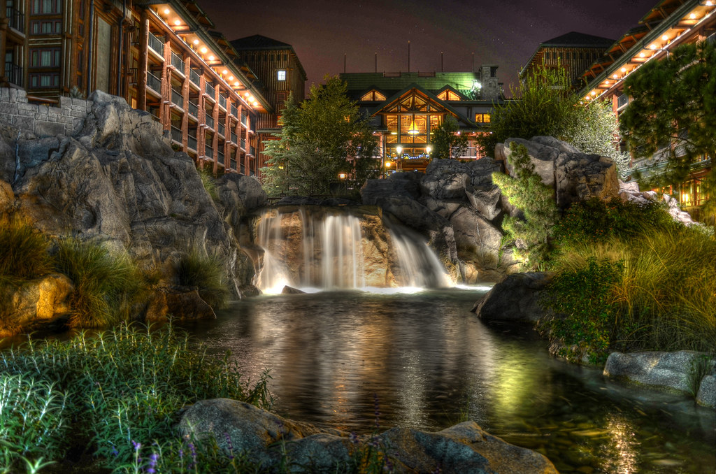 pros-and-cons-of-staying-at-disneys-wilderness-lodge-resort