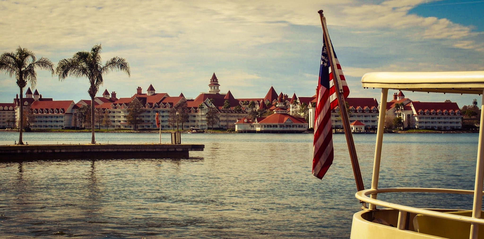 pros-and-cons-of-staying-at-disneys-grand-Floridian-resort