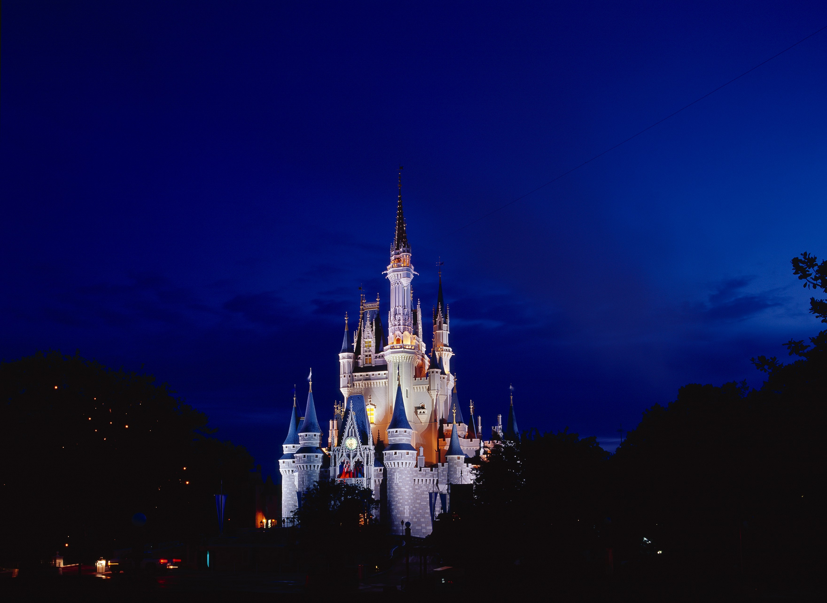 Magic-kingdom-after-hours