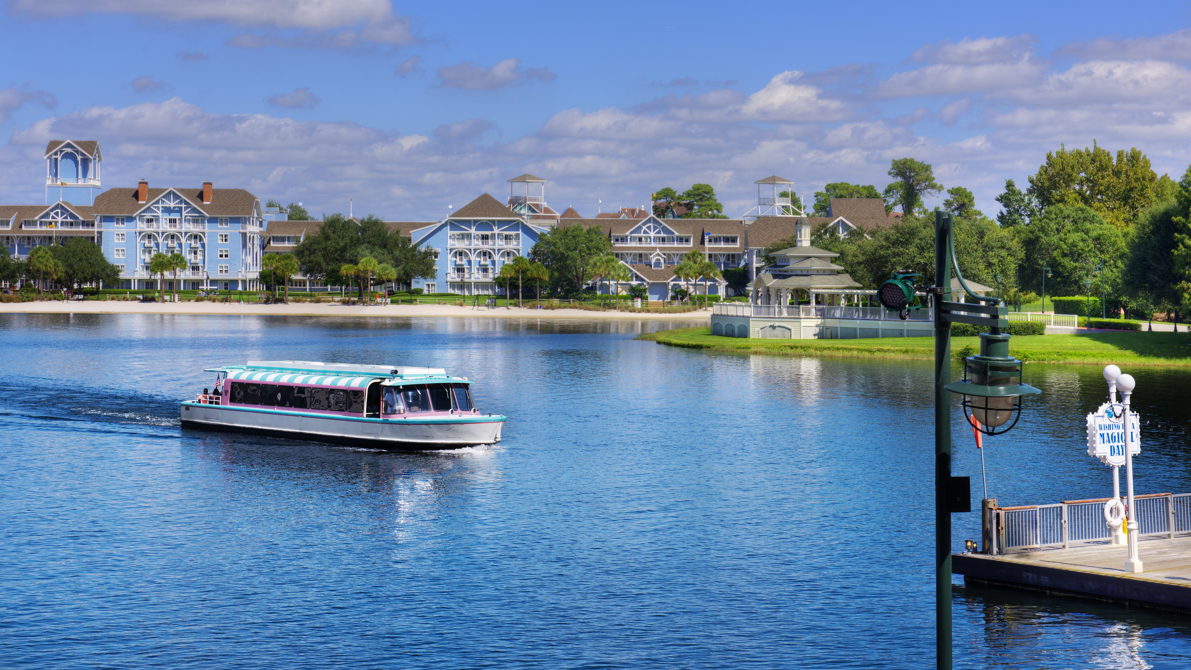 Disney's-Saratoga-springs-resort-and-spa