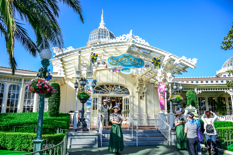 crystal-palace-included-in-reservations-made-by-disney-travel-agents