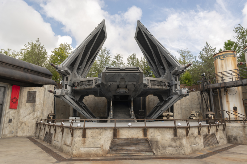 tie-fighter-star-wars-galaxys-edge-hollywood-studios-disney-world