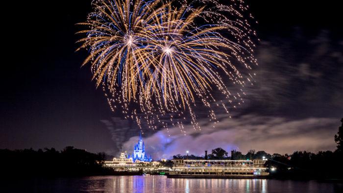 disney-fireworks-cruise