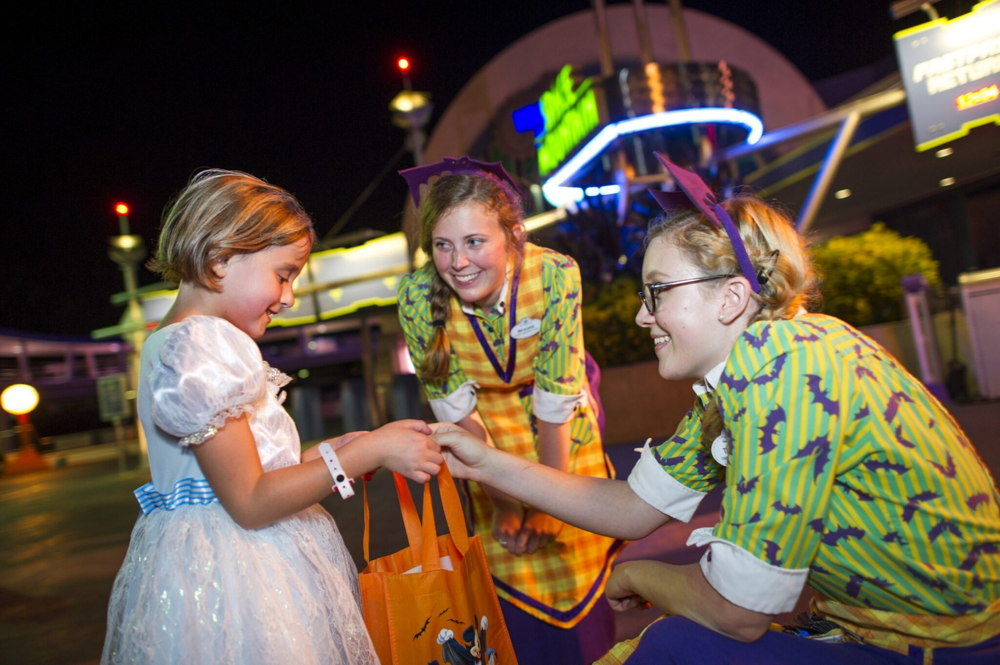 trick-or-treating-at-mickeys-not-so-scary-halloween-party