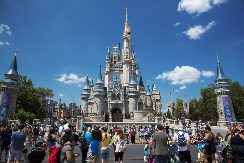picture-on-tuesday-best-day-of-week-to-go-to-disney