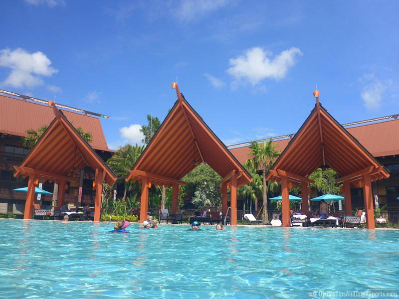 polynesian-resort-pool-disney
