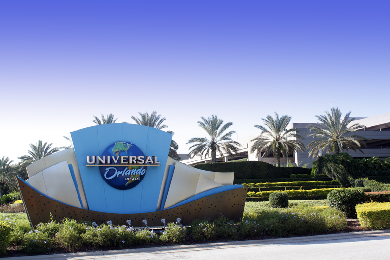 universal-orlando-parking-entrance
