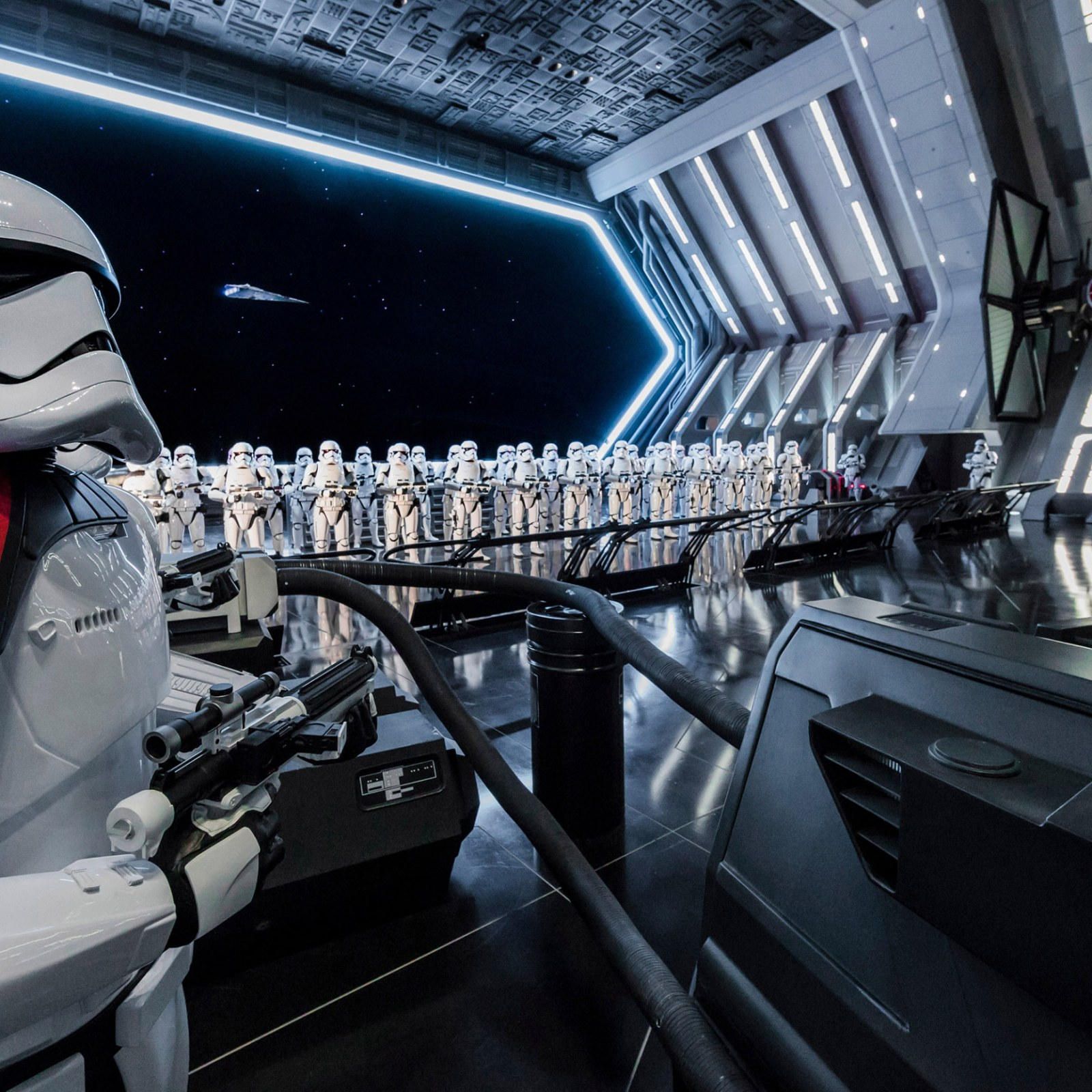 star-wars-rise-of-the-resistance-boarding-group