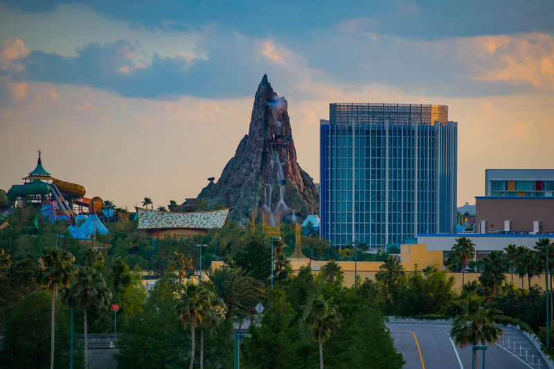 universals-volcano-bay-early-access