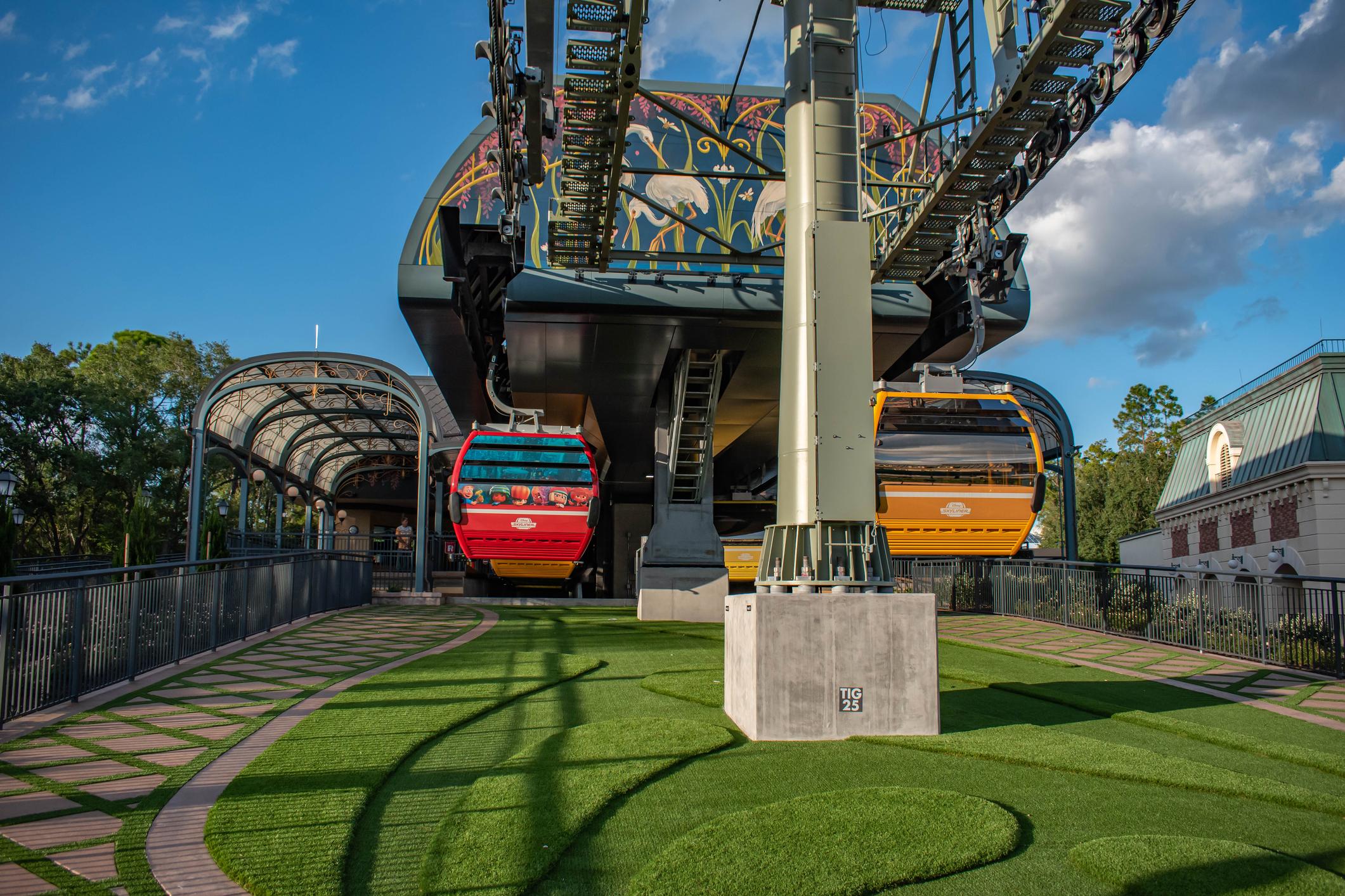 are-the-gondolas-open-at-disney