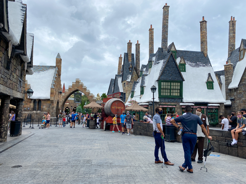 wizarding-world-of-harry-potter-snack-locations