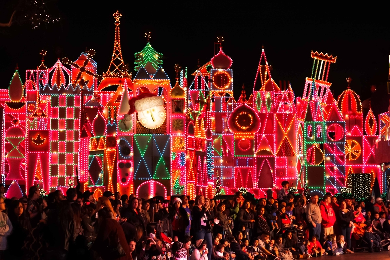 best-time-to-visit-disneyland-during-christmas