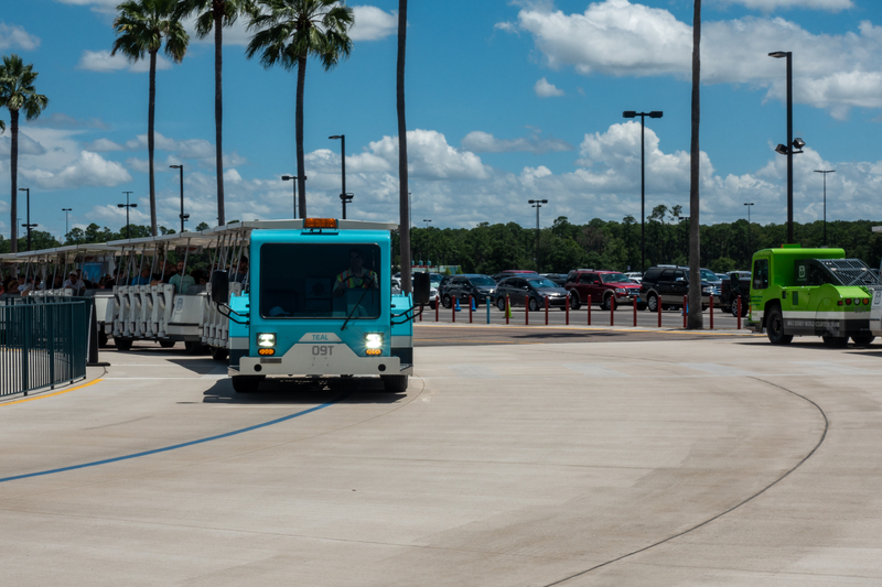 is-parking-at-disney-world-free