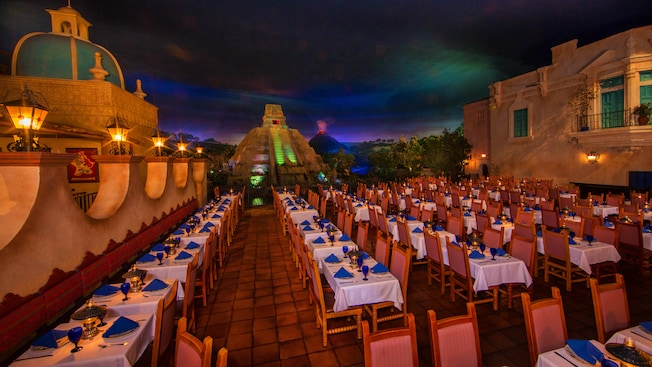 best-places-to-eat-at-epcot-2021