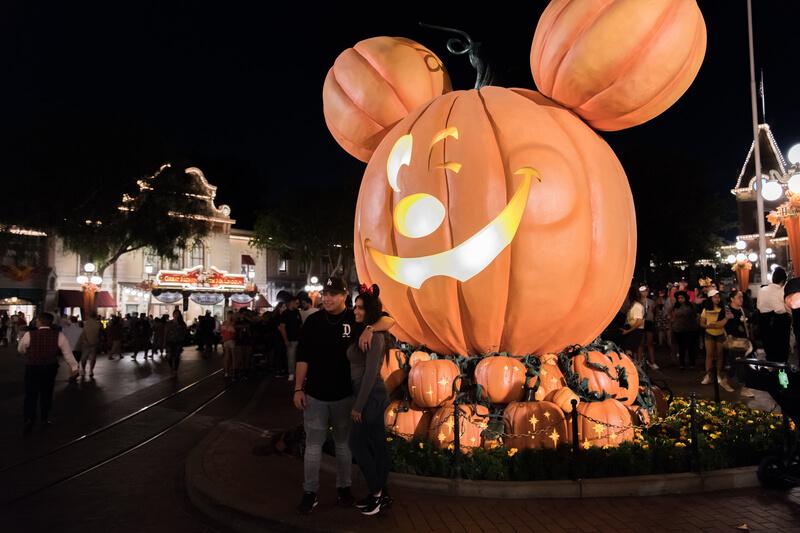 Disneyland Halloween Decorations
