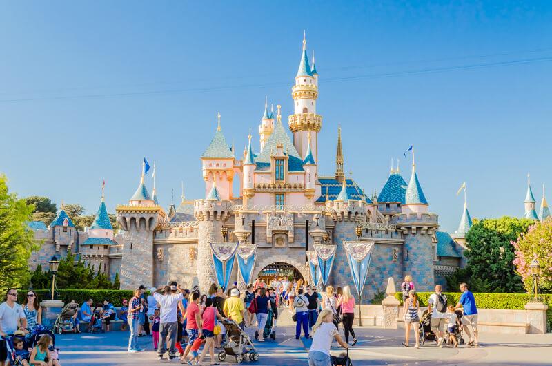 Disney World vs Disneyland Which is Better